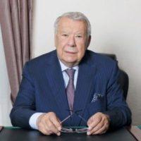 Известный ученый и автор более 600 научных трудов. Президенту МОНИИАГ Владиславу Ивановичу Краснопольскому исполнилось 82 года